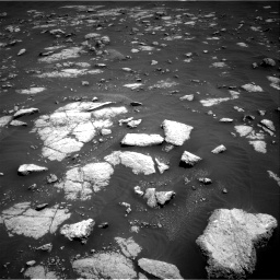 Nasa's Mars rover Curiosity acquired this image using its Right Navigation Camera on Sol 3036, at drive 1636, site number 86