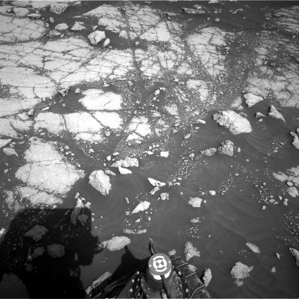 Nasa's Mars rover Curiosity acquired this image using its Right Navigation Camera on Sol 3036, at drive 1840, site number 86