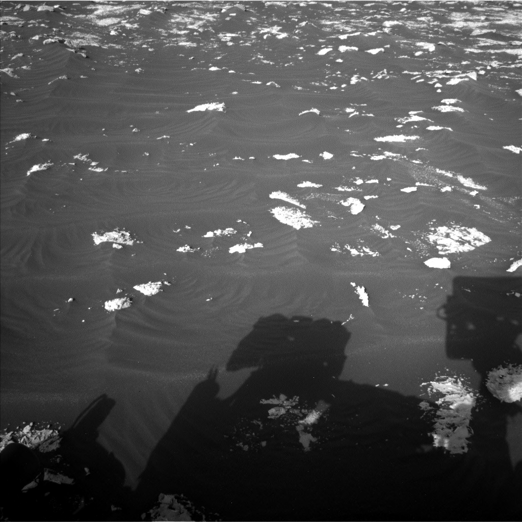 Nasa's Mars rover Curiosity acquired this image using its Left Navigation Camera on Sol 3042, at drive 2560, site number 86