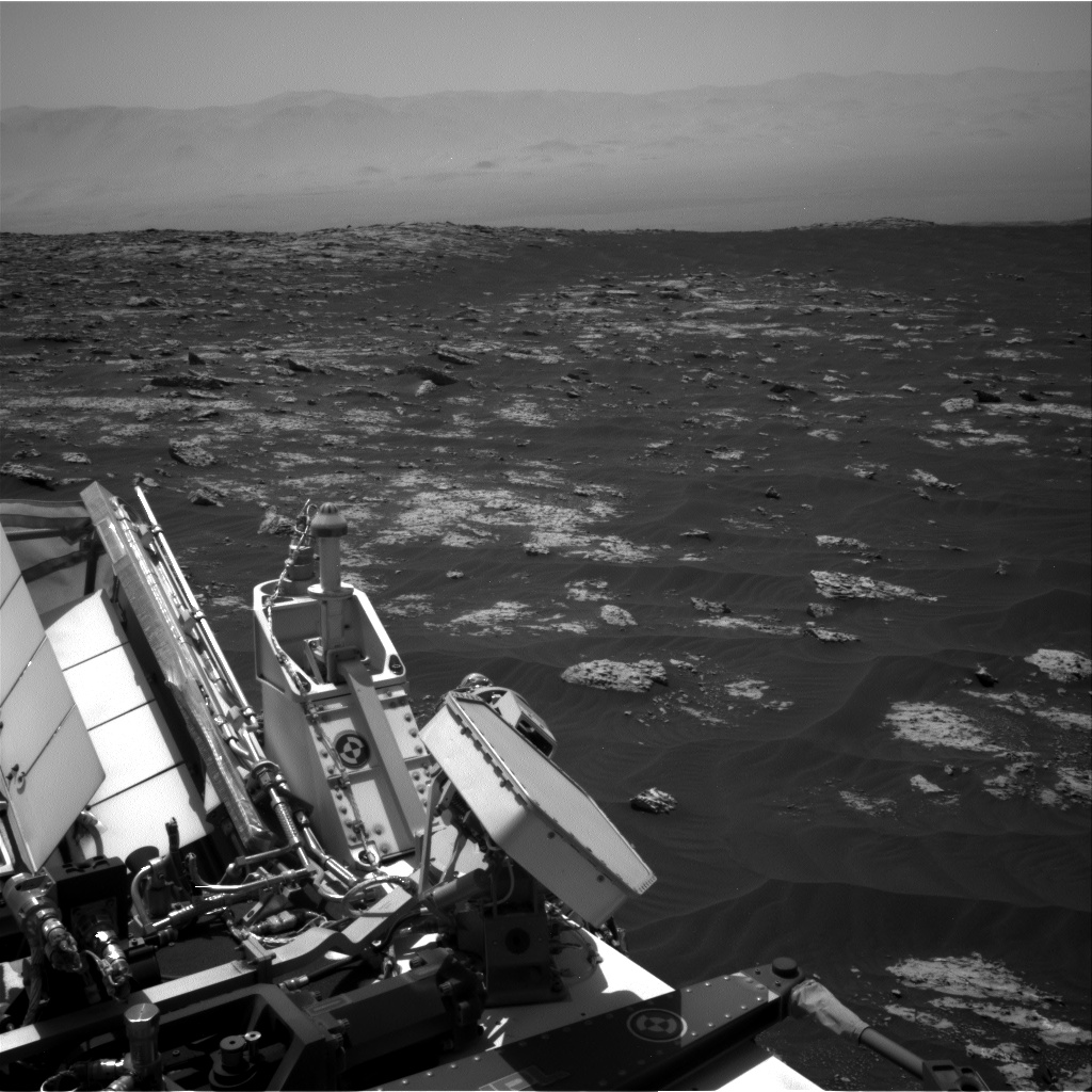 Nasa's Mars rover Curiosity acquired this image using its Right Navigation Camera on Sol 3045, at drive 2878, site number 86