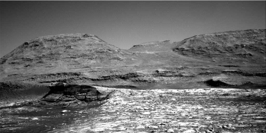 Nasa's Mars rover Curiosity acquired this image using its Right Navigation Camera on Sol 3045, at drive 0, site number 87