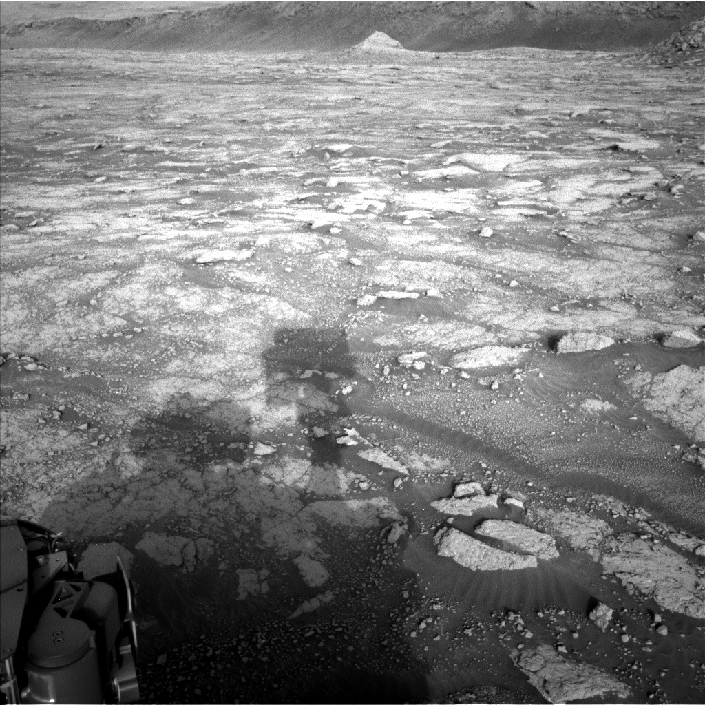 Nasa's Mars rover Curiosity acquired this image using its Left Navigation Camera on Sol 3047, at drive 420, site number 87
