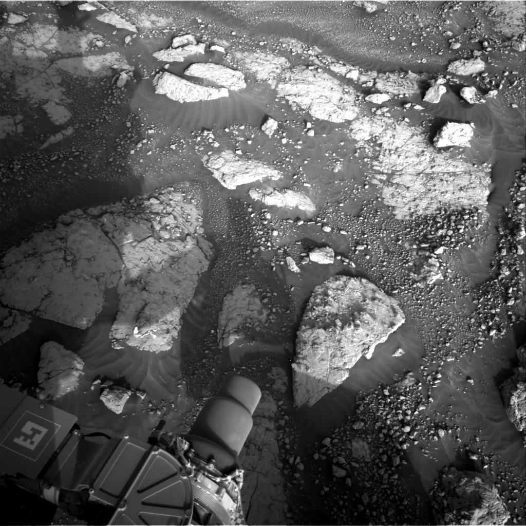 Nasa's Mars rover Curiosity acquired this image using its Right Navigation Camera on Sol 3047, at drive 420, site number 87