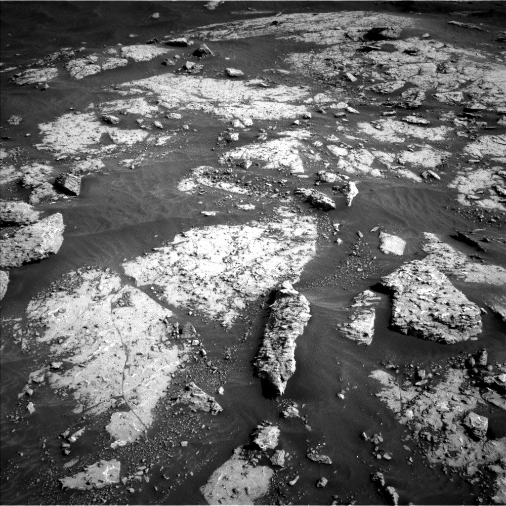 Nasa's Mars rover Curiosity acquired this image using its Left Navigation Camera on Sol 3049, at drive 654, site number 87