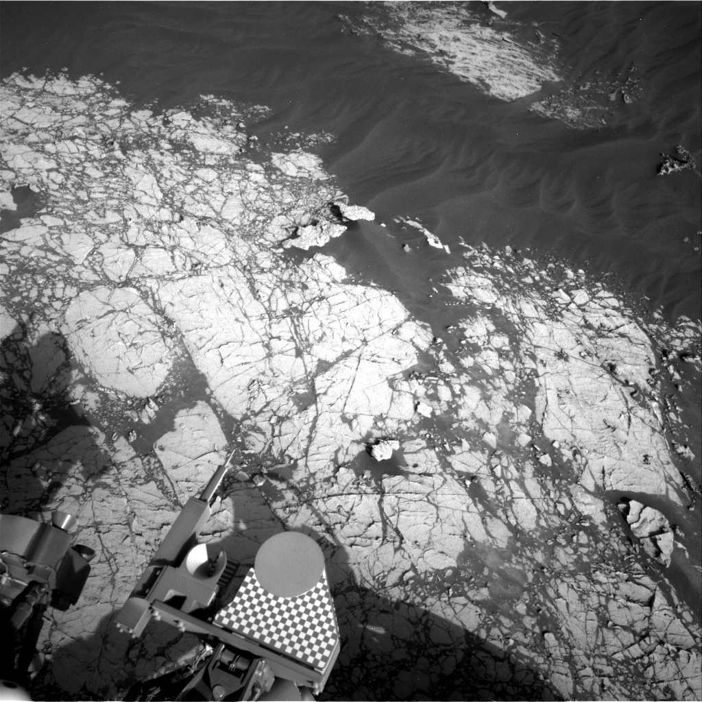 Nasa's Mars rover Curiosity acquired this image using its Right Navigation Camera on Sol 3052, at drive 792, site number 87