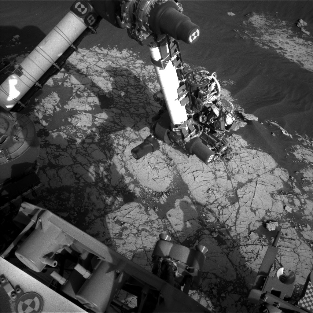 Nasa's Mars rover Curiosity acquired this image using its Left Navigation Camera on Sol 3054, at drive 792, site number 87
