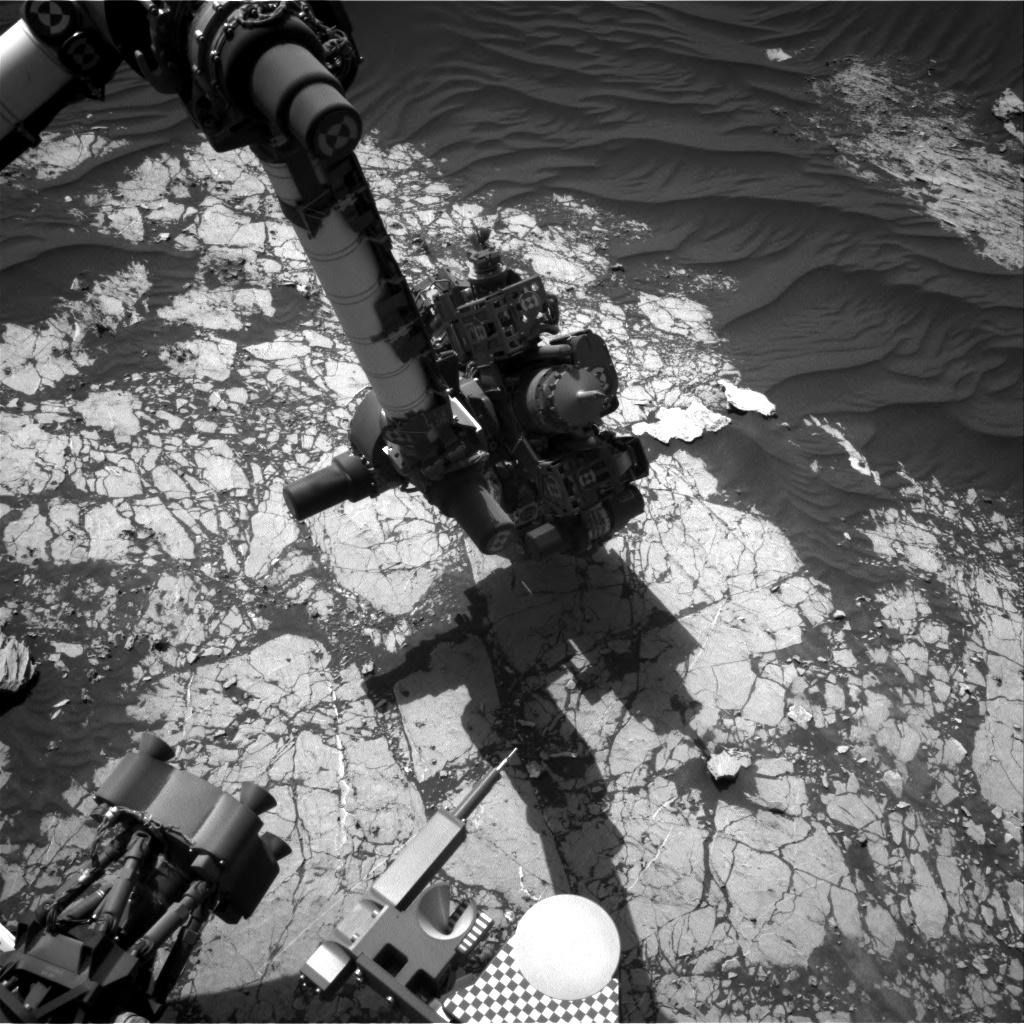 Nasa's Mars rover Curiosity acquired this image using its Right Navigation Camera on Sol 3055, at drive 792, site number 87