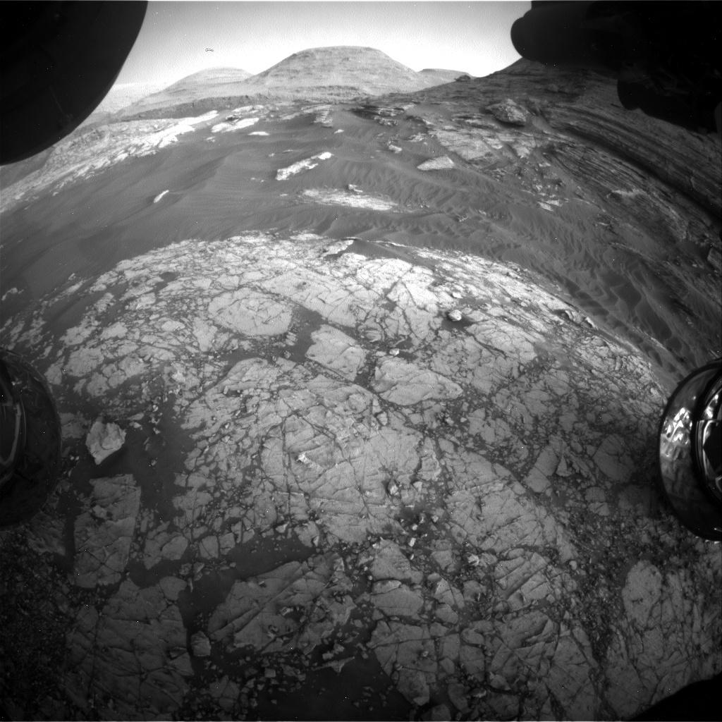 Nasa's Mars rover Curiosity acquired this image using its Front Hazard Avoidance Camera (Front Hazcam) on Sol 3058, at drive 792, site number 87
