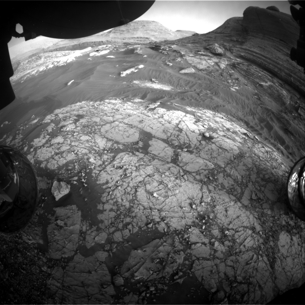Nasa's Mars rover Curiosity acquired this image using its Front Hazard Avoidance Camera (Front Hazcam) on Sol 3061, at drive 792, site number 87
