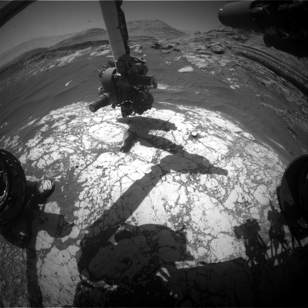 Nasa's Mars rover Curiosity acquired this image using its Front Hazard Avoidance Camera (Front Hazcam) on Sol 3072, at drive 792, site number 87
