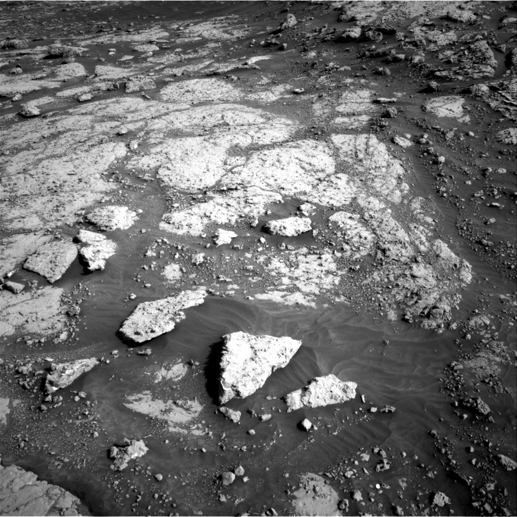 Nasa's Mars rover Curiosity acquired this image using its Right Navigation Camera on Sol 3074, at drive 1032, site number 87