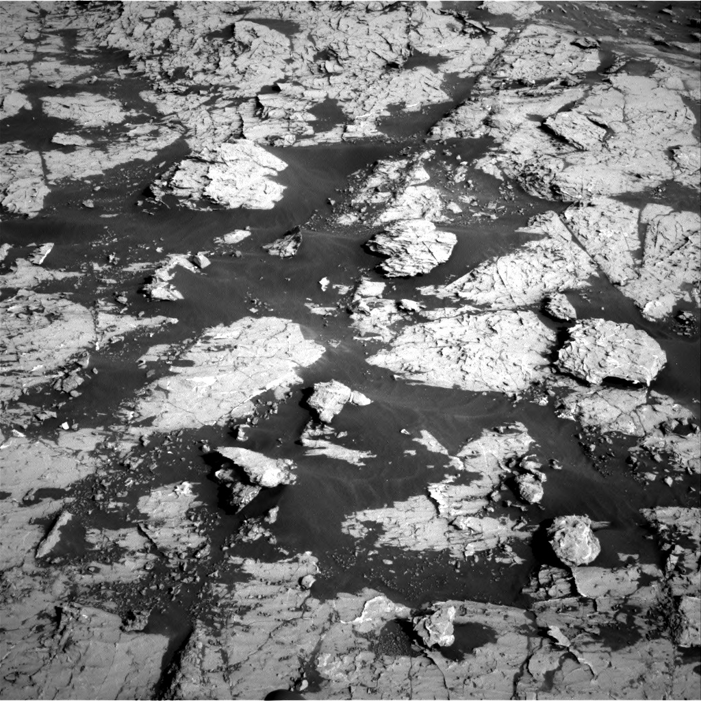 Nasa's Mars rover Curiosity acquired this image using its Right Navigation Camera on Sol 3079, at drive 1624, site number 87
