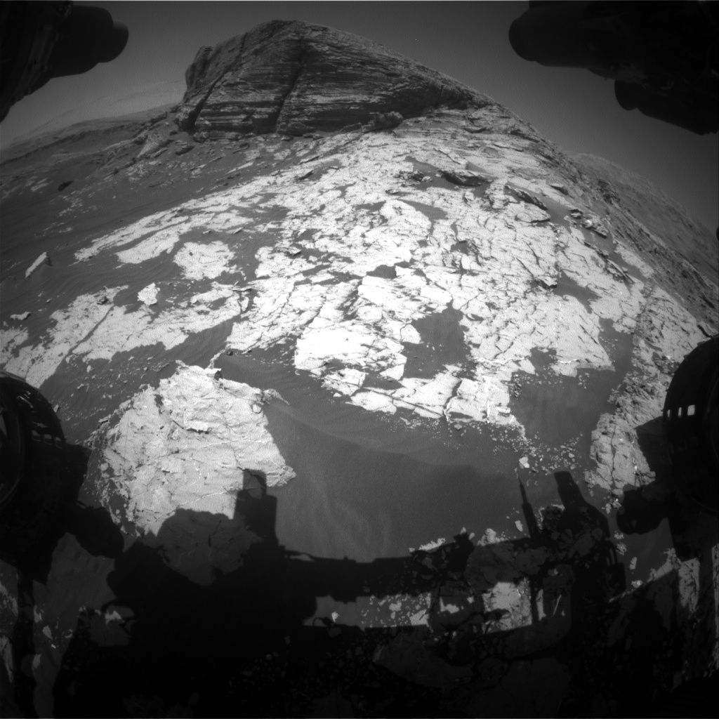Nasa's Mars rover Curiosity acquired this image using its Front Hazard Avoidance Camera (Front Hazcam) on Sol 3080, at drive 1712, site number 87