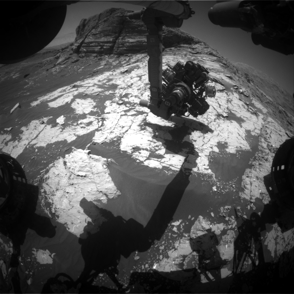 Nasa's Mars rover Curiosity acquired this image using its Front Hazard Avoidance Camera (Front Hazcam) on Sol 3081, at drive 1712, site number 87