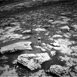 Nasa's Mars rover Curiosity acquired this image using its Left Navigation Camera on Sol 3081, at drive 1718, site number 87