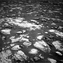 Nasa's Mars rover Curiosity acquired this image using its Right Navigation Camera on Sol 3081, at drive 1886, site number 87