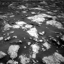 Nasa's Mars rover Curiosity acquired this image using its Right Navigation Camera on Sol 3081, at drive 1910, site number 87