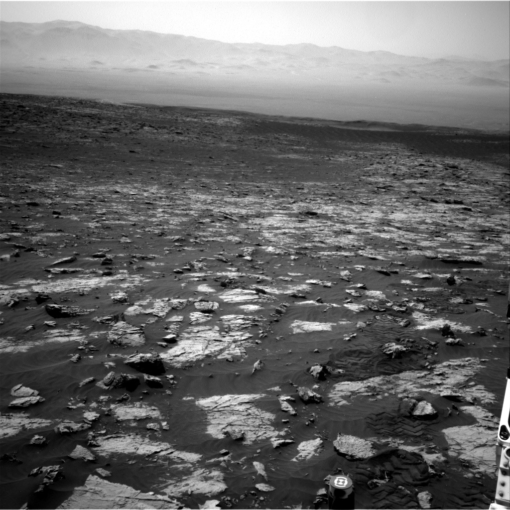 Nasa's Mars rover Curiosity acquired this image using its Right Navigation Camera on Sol 3081, at drive 1958, site number 87
