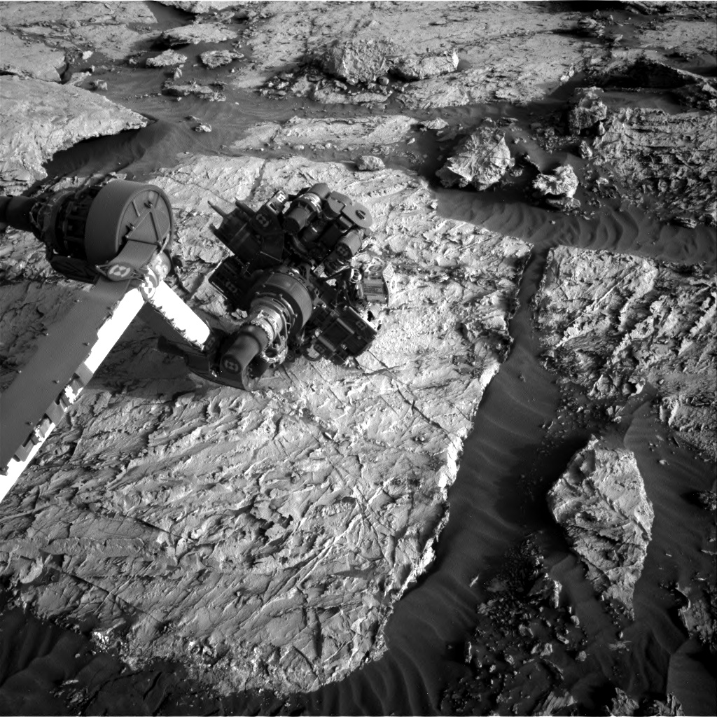 Nasa's Mars rover Curiosity acquired this image using its Right Navigation Camera on Sol 3085, at drive 2214, site number 87