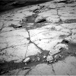 Nasa's Mars rover Curiosity acquired this image using its Left Navigation Camera on Sol 3086, at drive 2280, site number 87