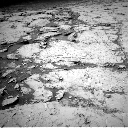 Nasa's Mars rover Curiosity acquired this image using its Left Navigation Camera on Sol 3086, at drive 2334, site number 87