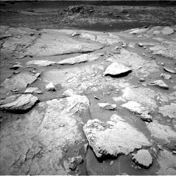 Nasa's Mars rover Curiosity acquired this image using its Left Navigation Camera on Sol 3086, at drive 2472, site number 87