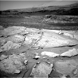 Nasa's Mars rover Curiosity acquired this image using its Left Navigation Camera on Sol 3086, at drive 2490, site number 87