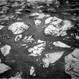 Nasa's Mars rover Curiosity acquired this image using its Right Navigation Camera on Sol 3086, at drive 2220, site number 87
