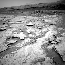 Nasa's Mars rover Curiosity acquired this image using its Right Navigation Camera on Sol 3086, at drive 2454, site number 87