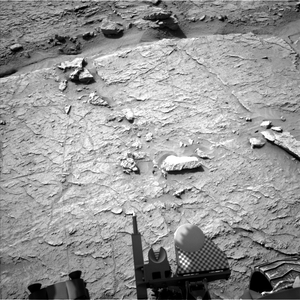 Nasa's Mars rover Curiosity acquired this image using its Left Navigation Camera on Sol 3088, at drive 2578, site number 87