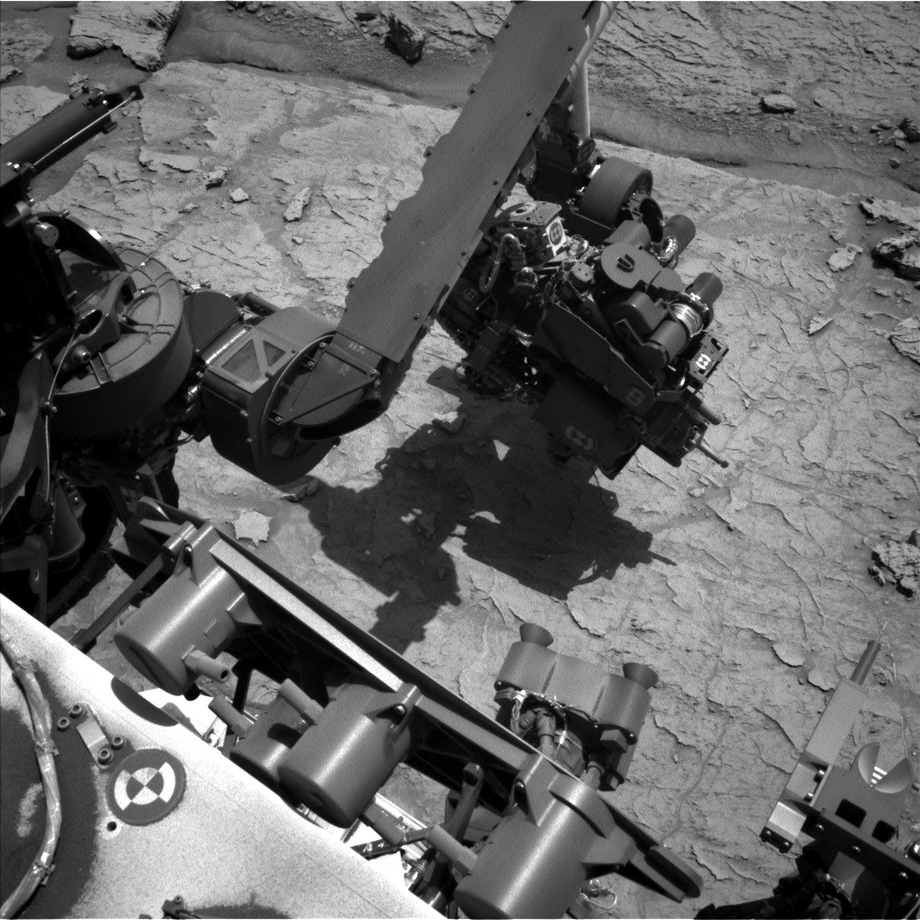 Nasa's Mars rover Curiosity acquired this image using its Left Navigation Camera on Sol 3090, at drive 2578, site number 87