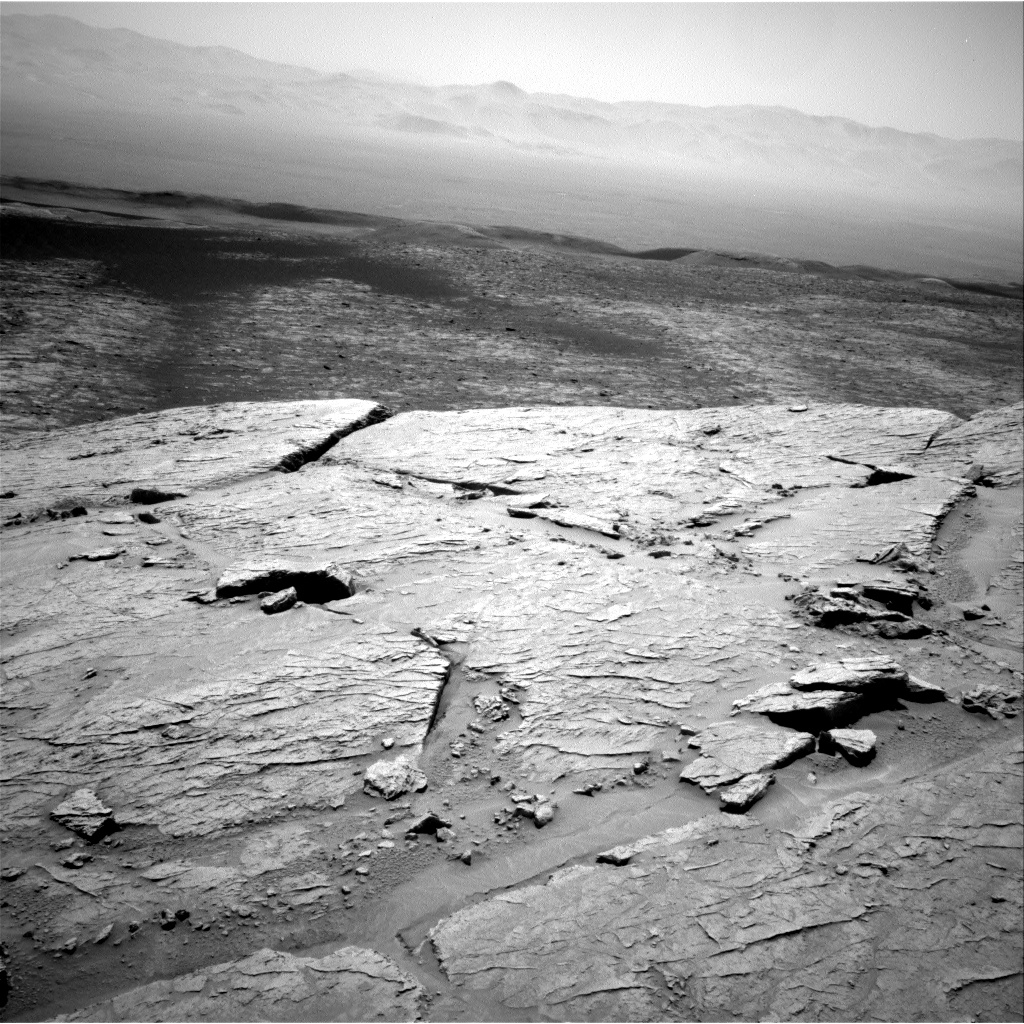 Nasa's Mars rover Curiosity acquired this image using its Right Navigation Camera on Sol 3104, at drive 2578, site number 87