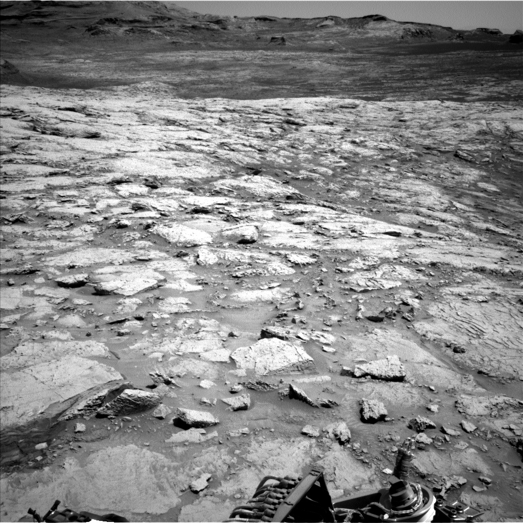 Nasa's Mars rover Curiosity acquired this image using its Left Navigation Camera on Sol 3107, at drive 2578, site number 87