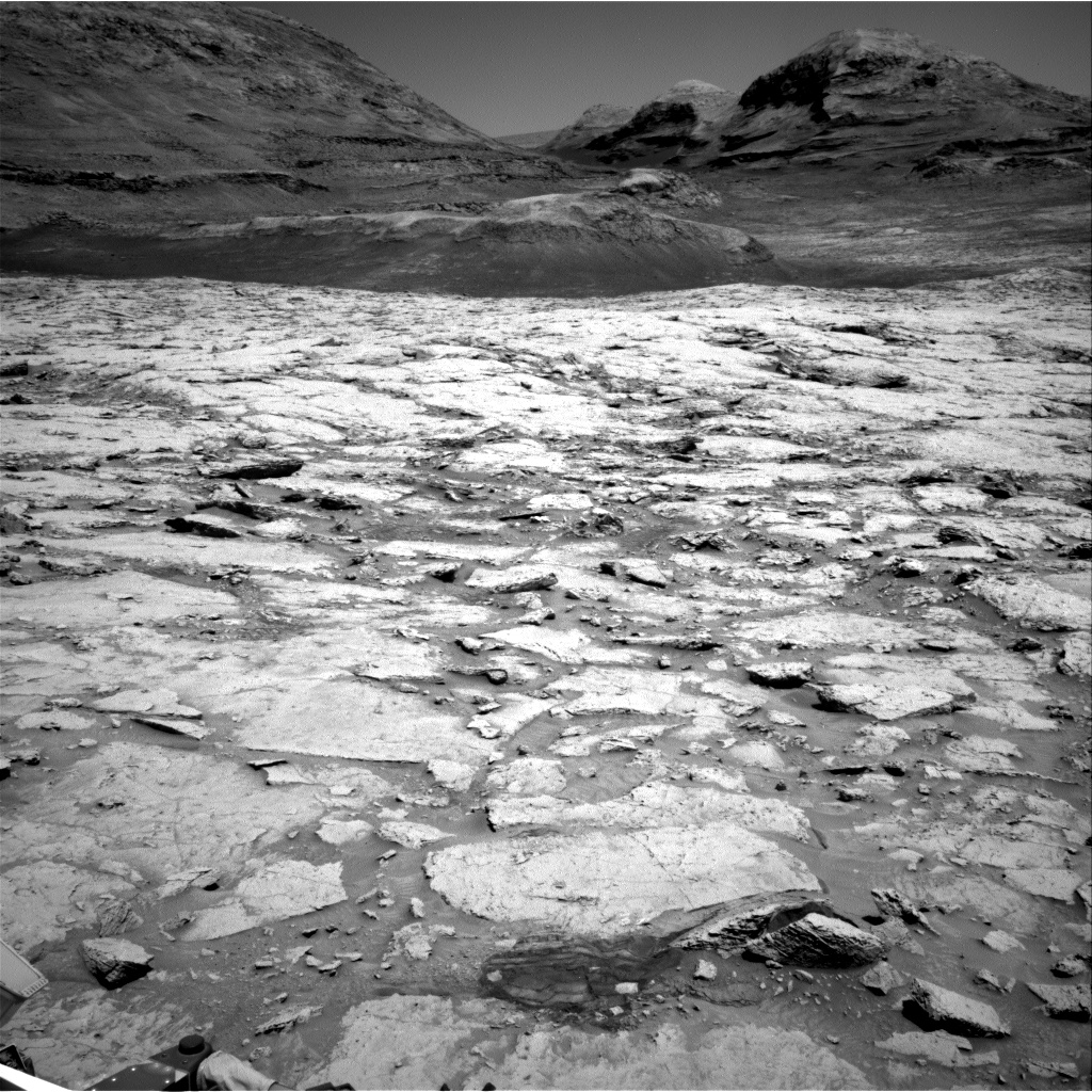 Nasa's Mars rover Curiosity acquired this image using its Right Navigation Camera on Sol 3107, at drive 2578, site number 87