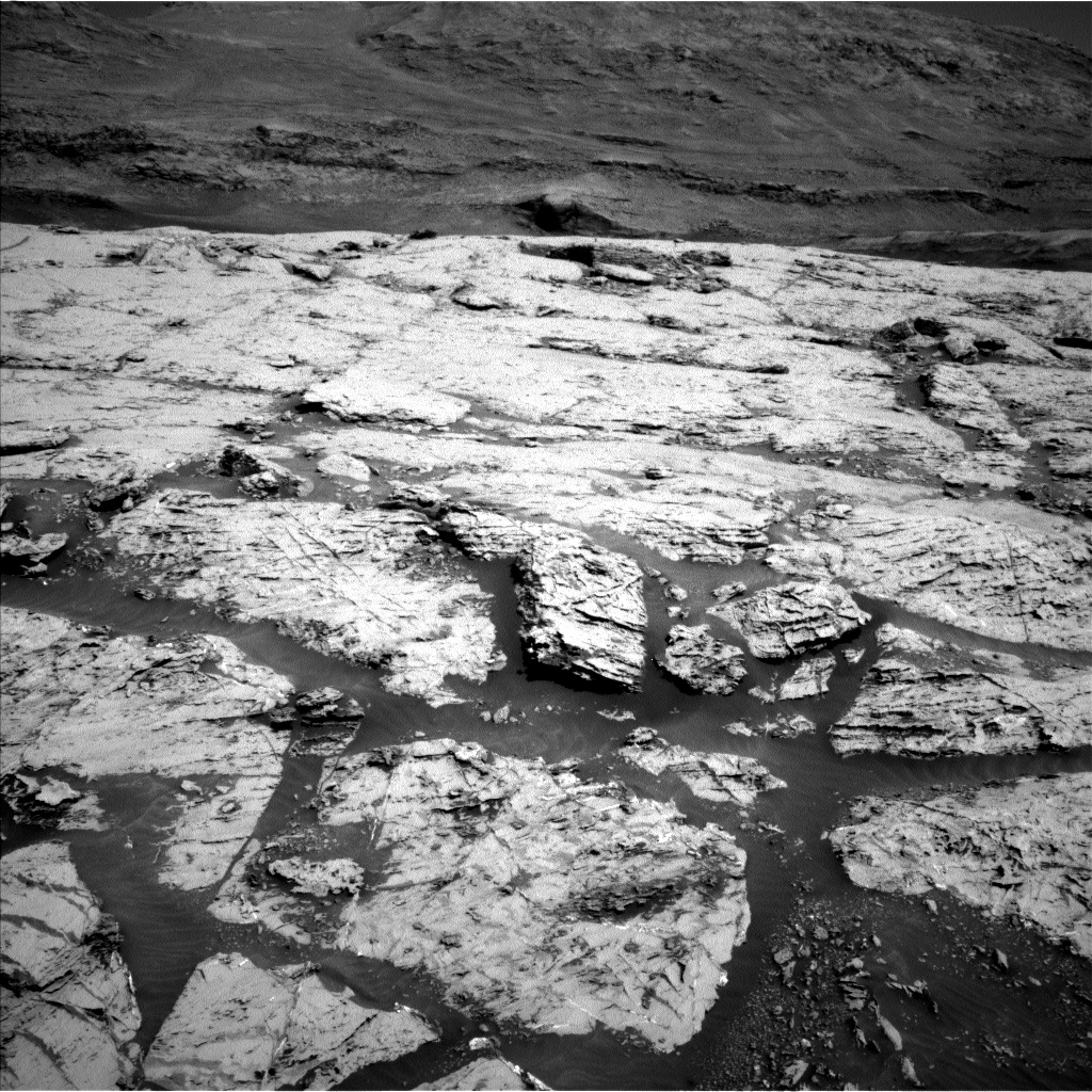 Nasa's Mars rover Curiosity acquired this image using its Left Navigation Camera on Sol 3109, at drive 2896, site number 87