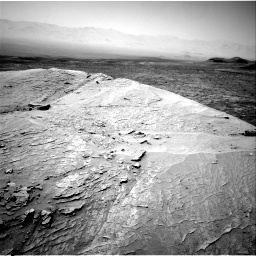 Nasa's Mars rover Curiosity acquired this image using its Right Navigation Camera on Sol 3109, at drive 2602, site number 87