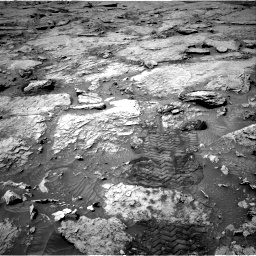 Nasa's Mars rover Curiosity acquired this image using its Right Navigation Camera on Sol 3109, at drive 2698, site number 87