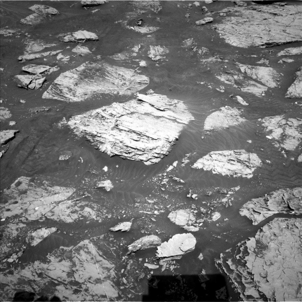 Nasa's Mars rover Curiosity acquired this image using its Left Navigation Camera on Sol 3113, at drive 2920, site number 87