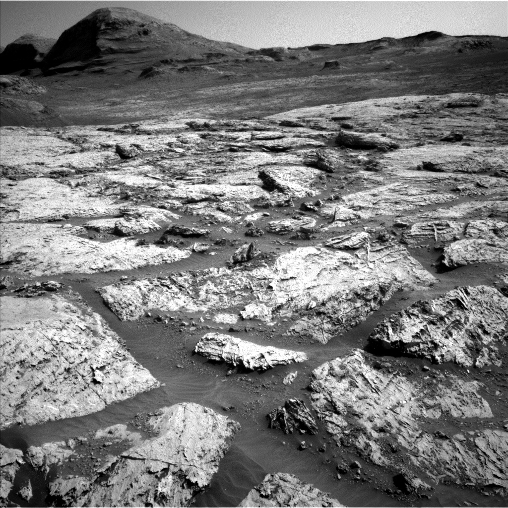 Nasa's Mars rover Curiosity acquired this image using its Left Navigation Camera on Sol 3113, at drive 0, site number 88