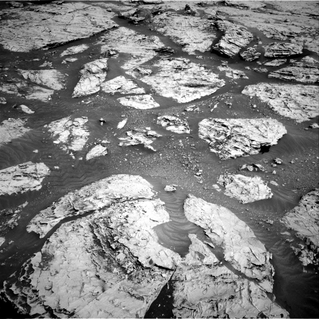 Nasa's Mars rover Curiosity acquired this image using its Right Navigation Camera on Sol 3113, at drive 2920, site number 87