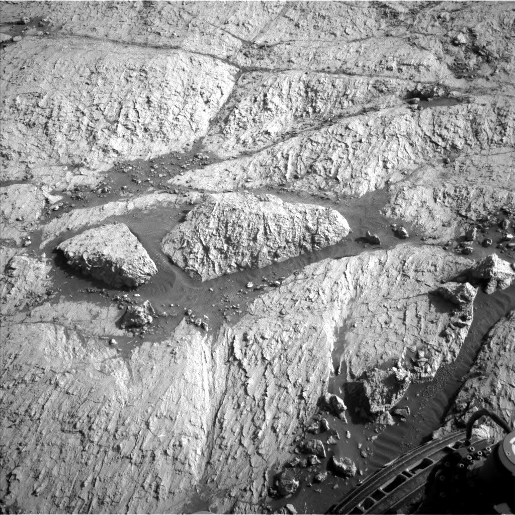 Nasa's Mars rover Curiosity acquired this image using its Left Navigation Camera on Sol 3122, at drive 366, site number 88