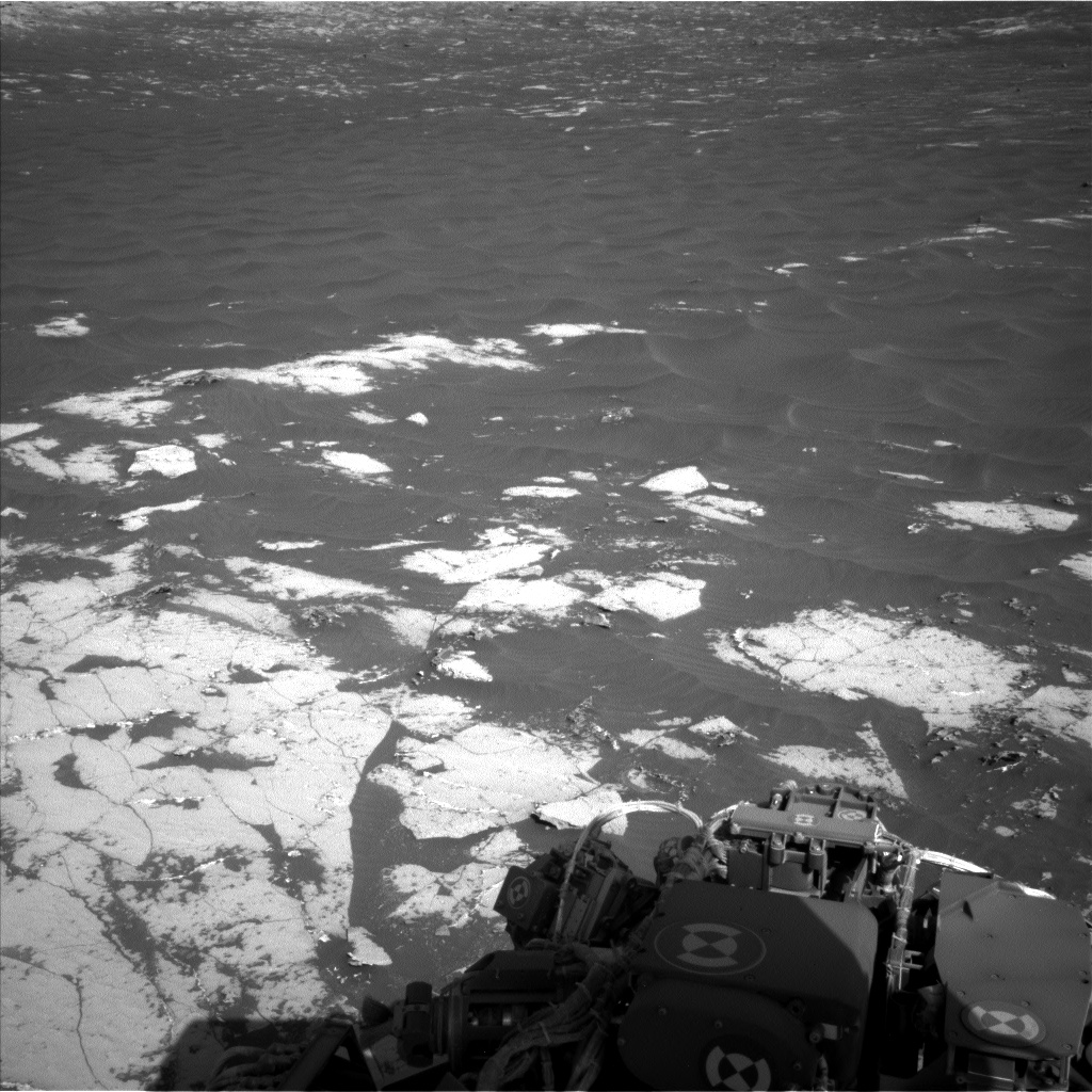 Nasa's Mars rover Curiosity acquired this image using its Left Navigation Camera on Sol 3138, at drive 1230, site number 88