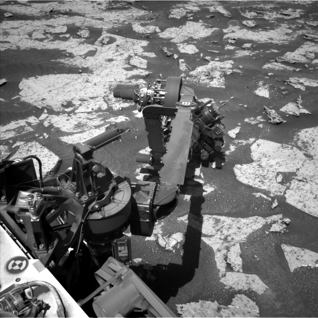 Nasa's Mars rover Curiosity acquired this image using its Left Navigation Camera on Sol 3147, at drive 2422, site number 88