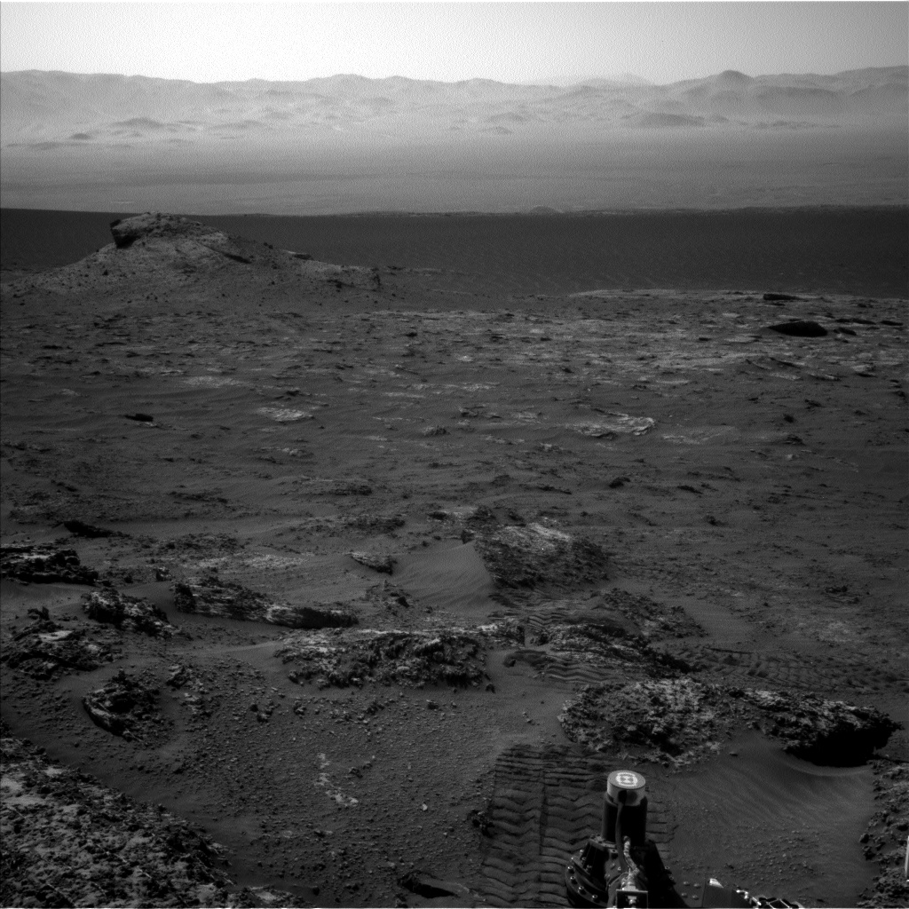 Nasa's Mars rover Curiosity acquired this image using its Left Navigation Camera on Sol 3163, at drive 1974, site number 89