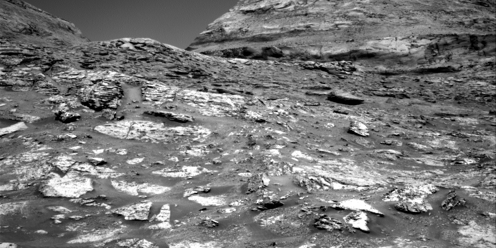 Nasa's Mars rover Curiosity acquired this image using its Right Navigation Camera on Sol 3164, at drive 1974, site number 89
