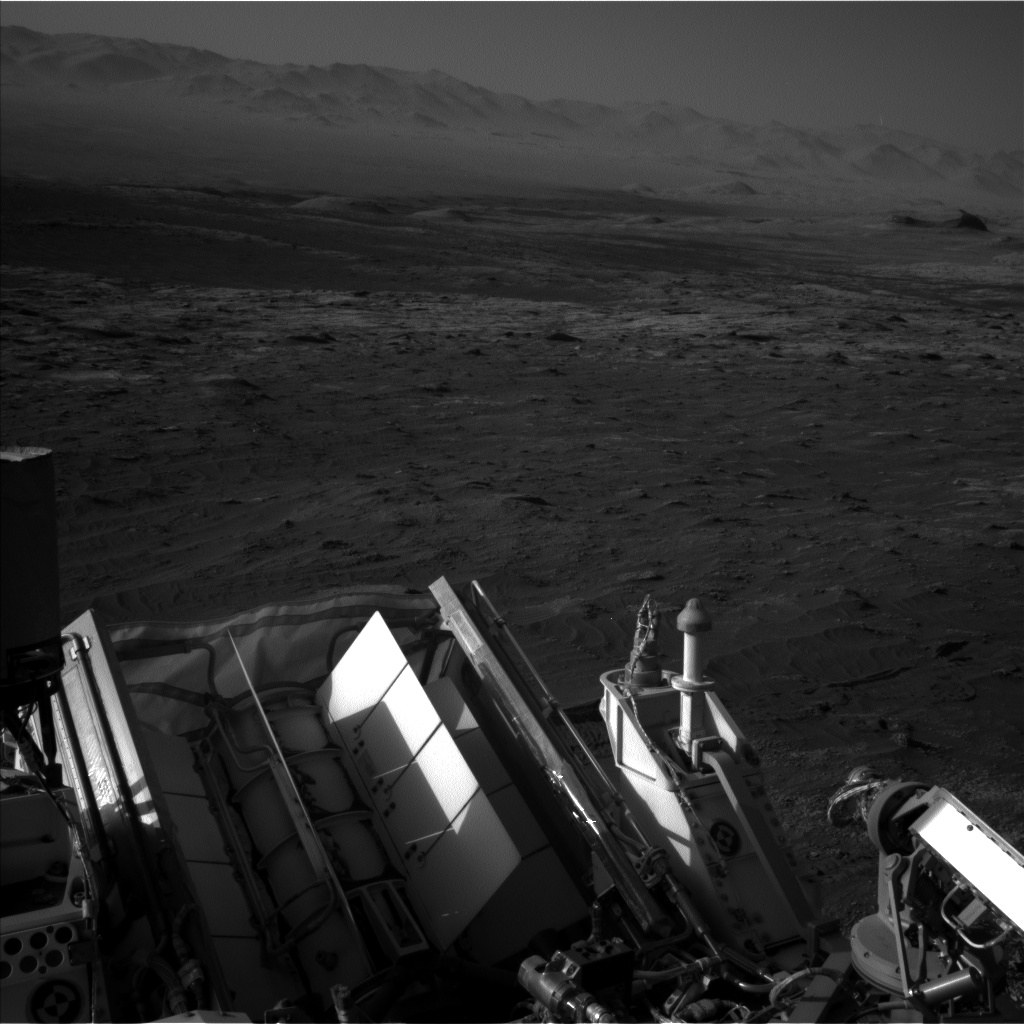 Nasa's Mars rover Curiosity acquired this image using its Left Navigation Camera on Sol 3183, at drive 2034, site number 89