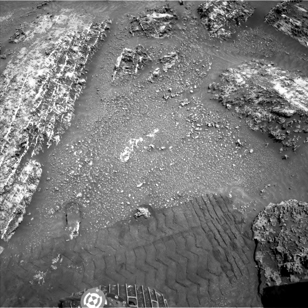 Nasa's Mars rover Curiosity acquired this image using its Left Navigation Camera on Sol 3184, at drive 2034, site number 89
