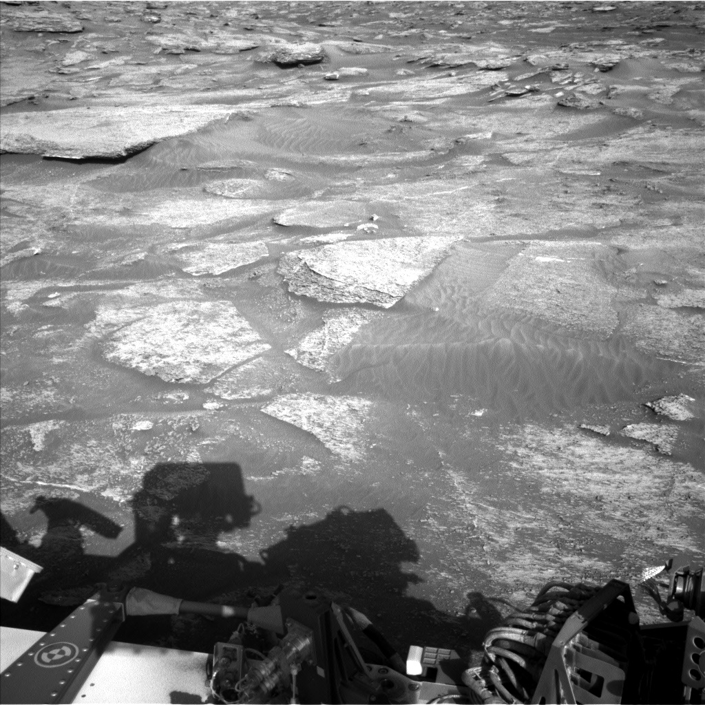 Nasa's Mars rover Curiosity acquired this image using its Left Navigation Camera on Sol 3190, at drive 0, site number 90