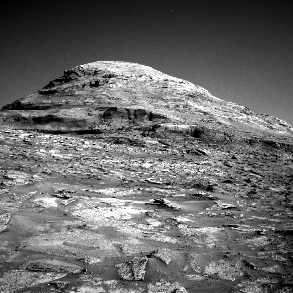 Nasa's Mars rover Curiosity acquired this image using its Right Navigation Camera on Sol 3190, at drive 0, site number 90