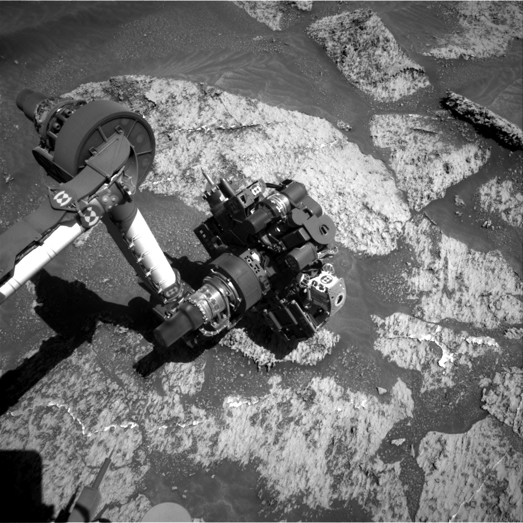 Nasa's Mars rover Curiosity acquired this image using its Right Navigation Camera on Sol 3192, at drive 0, site number 90
